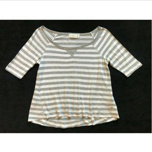 Abercrombie & Fitch Grey Striped Scoop Neck Shirt